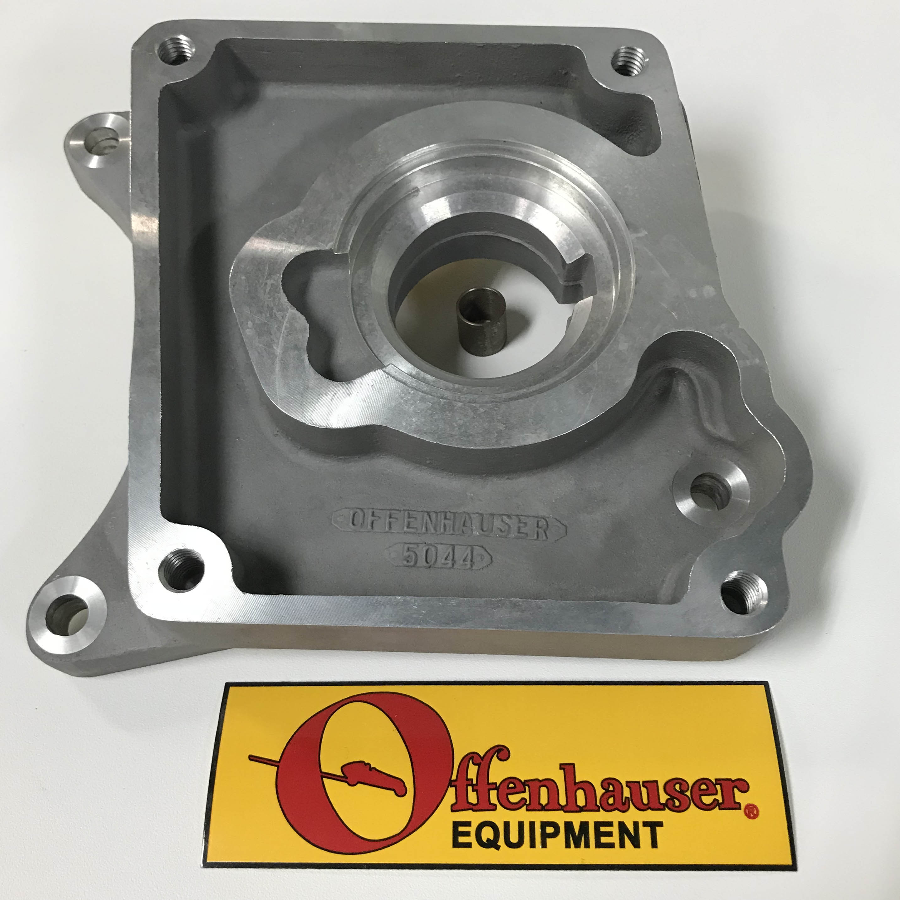 Offenhauser Engine Adapter 49-64 FORD or 51-64 MERC Trans. Bolt Flange to Cad- LaSalle Trans.