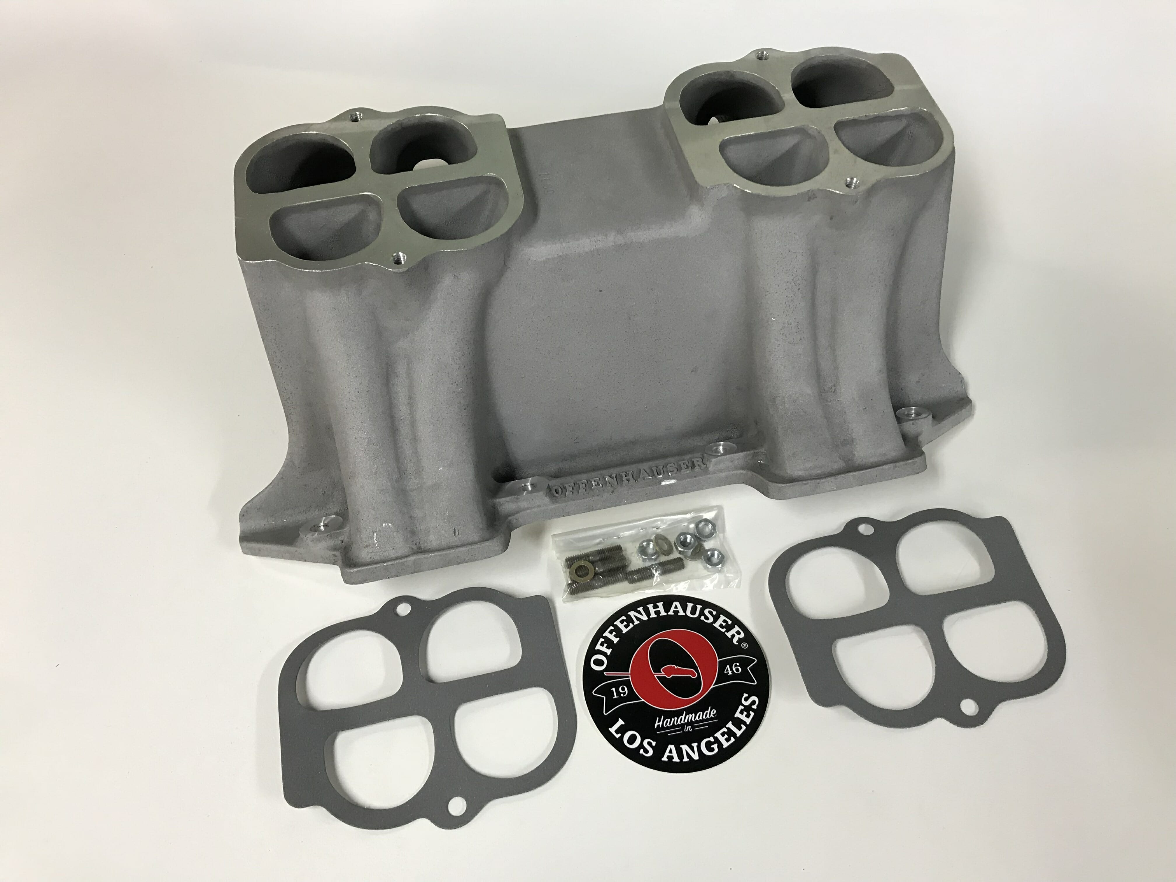 Offenhauser Chrysler 413-440 BASE ONLY Competition Manifold Chrysler 413-440 BASE ONLY